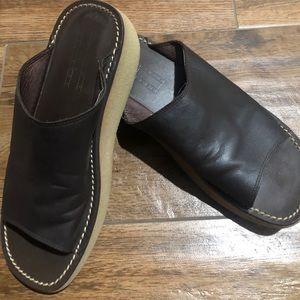Tommy Hilfiger women's leather slides